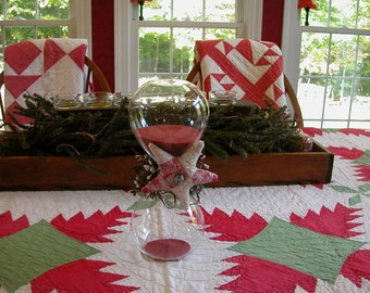 Primitive Americana Red Sand Glass Functional Hourglass with Vintage Antique Quilted Red and White Star