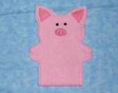 Fuzzy Pig gadget case - Cell phone / MP3 player / Jitterbug / iPod holder