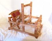 Vintage Wood Table Top Loom Vintage