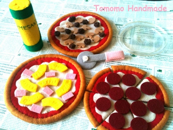 ETSY  Pretend food -Felt food -play food  How to make a Pepperoni,Hawaiian, and  Meatlover's pizza (Big size)