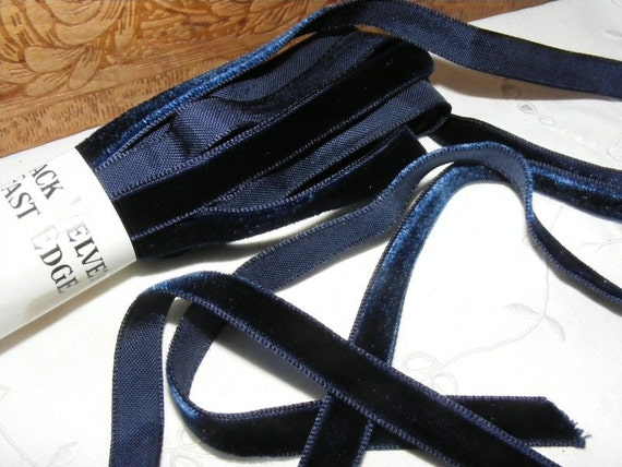 Vintage 1930's Le Roi Italian Velvet Ribbon 3/8 Inch Deep Navy Blue