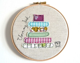 "I love my bed - Personalised Embroidery Hoop Art - Textile illustration in purple - Small 6"" Hoop"