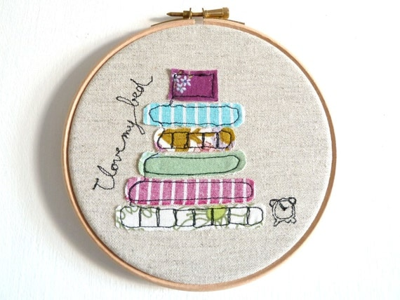 """I love my bed - Personalised Embroidery Hoop Art - Textile illustration in purple - Small 6"""" Hoop"""