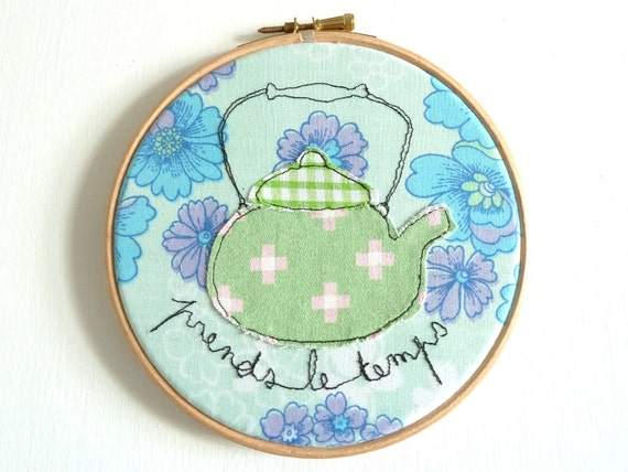 """Embroidery Hoop Art - 'Prends le temps' Textile Illustration in blue & green - 6"""" hoop"""