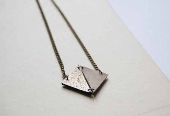 RHOMBUS - leather necklace