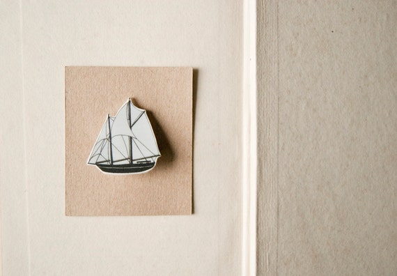 Sail away with me - ship brooch