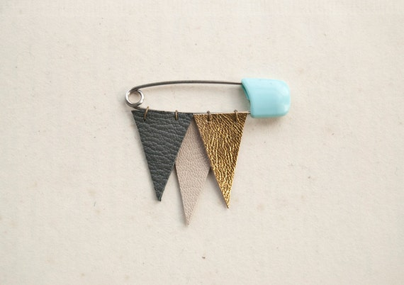 Mini-Icicle no. 4 - metallic leather brooch
