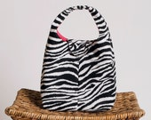 Insulated Lunch Bag - Poppin' Pink Zebra