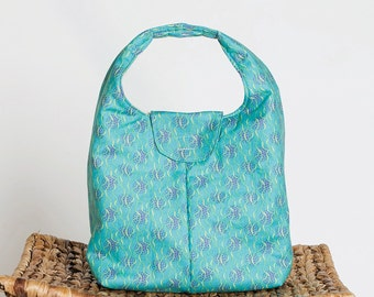 Insulated Lunch Bag - Aqua With Squiggles and Dots