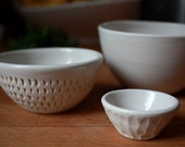 Carved Mini Bowl Trio
