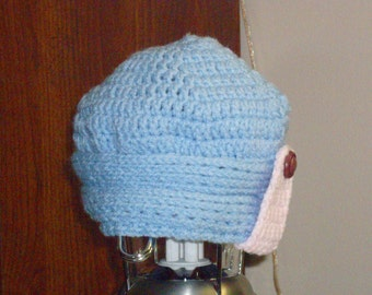 Baby Cloche Hat in Size 3-12 Months baby blue and pink