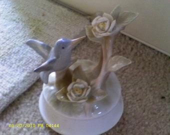 Vintage Otagiri Hummingbird Musical Statue