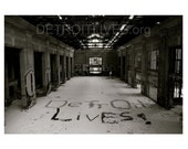 DETROIT LIVES Central Depot Installment Print