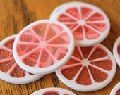 Lucite Charms Cute Jumbo Pink Grapefruit Glitter Shimmer Lucite Pendant Cabochons 35mm 5pcs