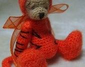4-in-1 Miniature Thread ARTist Miniature Costume Bear Pattern PDF