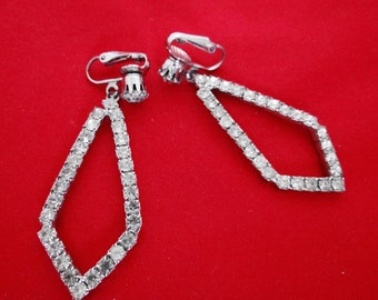 Vintage 1940s art deco rhinestone dangle triangle earrings in great condition