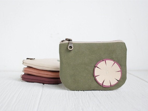 Ipod Zipper Pouch in Spring Green with Flower