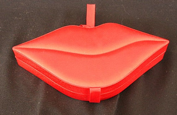 Hot Lips Jewelry Box Red Satin  Fill it with chocolate Kisses