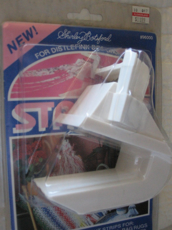 Quilters Strip Cutting and Sewing Tool. Shirley Botsford's by Distlefink Designs