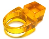 Vintage 80s Lucite Ring . 5 . Orange Ring . 80s Ring . 60s Ring . Vintage Ring . Square . Size 5 . (Free Shipping USA) . Bree's Vintage