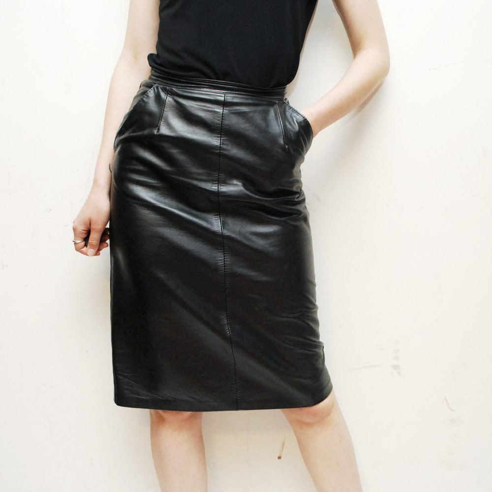 80s high waist black leather pencil skirt by