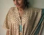 Nursing Kaftan - Brown with a blue border