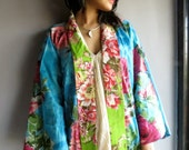 Blue Green Floral Haori - Japanese Kimono Full Sleeves Jacket - Perfect for outings to be worn over jeans or leggings, best gift for her