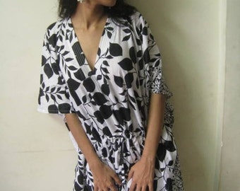 White and Black Leafy Kaftan - Perfect gift for her