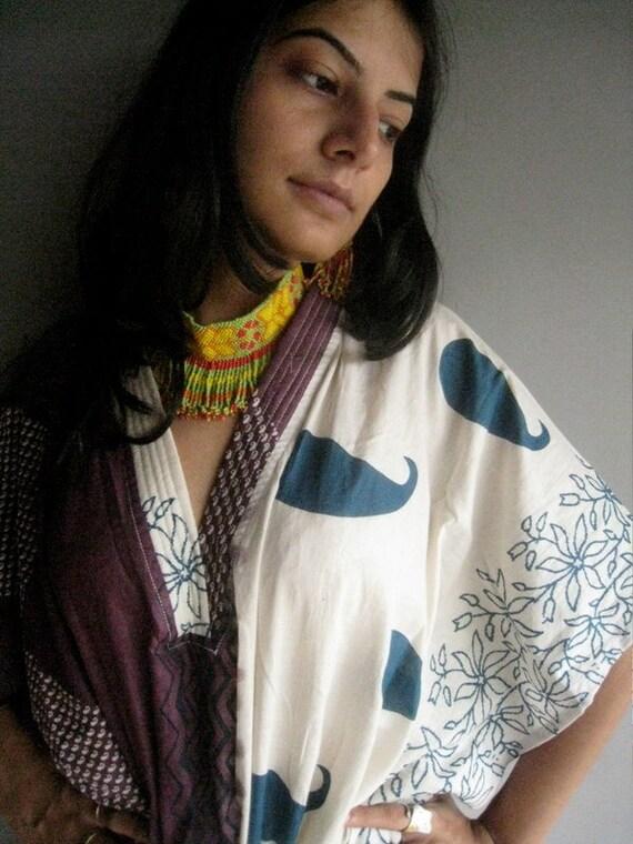 items similar to lovely paisleys mauve kaftan robe perfect as a long dress loungewear. Black Bedroom Furniture Sets. Home Design Ideas