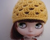Blythe Granny Hat in Saffron