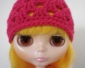 Blythe Granny Hat in Dark Pink