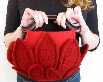 Red Lotus felted bag pattern