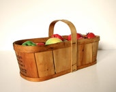 Vintage Wood Berry Fruit Basket - Gathering Picking Harvest Garden