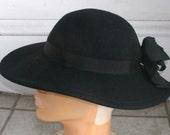 Vintage 1950s Black Wide Brim Wool Hat 22