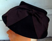 Vintage 1950s Brown Wool Modified Pillbox Hat Topper 21