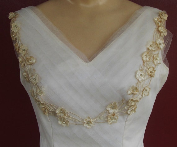Vintage 1950s White Tulle Wedding Gown XS 0 2 Arden of Campus Bridal