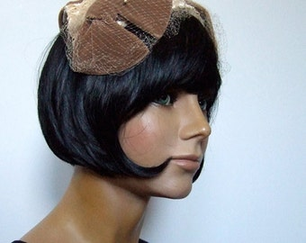 Vintage 1960s Straw Hat Fascinator Head Piece Veil Velvet Bow Spring Fashion 60s Tea Party Hat