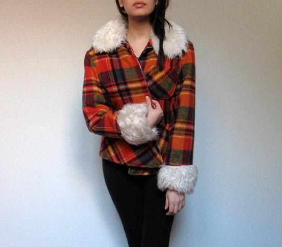 Bright Plaid Jacket Vintage Wool Winter Coat 70s Faux Fur Trim Winter Fashion - Medium M
