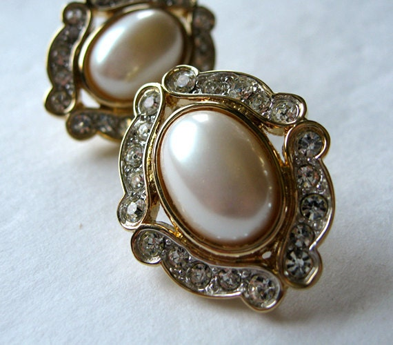 Vintage Rhinestone Pearl Earrings Gold Cocktail Party Wedding