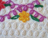 Free Shipping SUPER PLUSH 24X20  Purple Pink Yellow Daisy Flowers and White Curlyque Vintage Chenille Bedspread Fabric Delightful Eye Candy