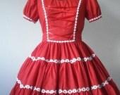 Three Hundred Daisies Dolly Dress