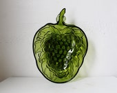 Green Grapes - Vintage Indiana Glass Serving Bowl in Avocado Green - Glassware dish with grape cluster design
