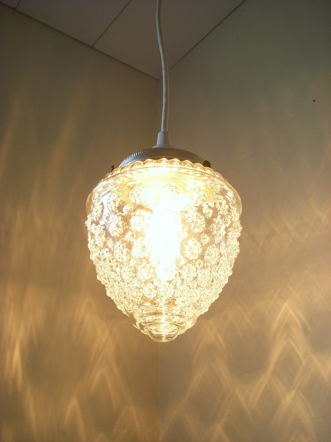 Raspberry Shaped Textured Hanging Pendant Lighting Fixture