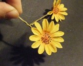 Duo of yellow DAISY hair pins - customizable on bobby pins, barrettes, combs or alligator clips