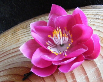 LOTUS lovers - magenta - customizable on bobby pin, barrette, comb or alligator clip
