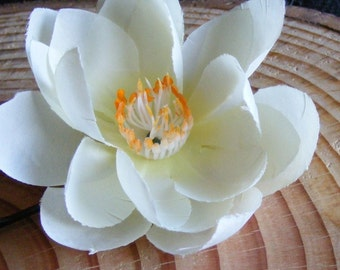 LOTUS lovers - white - customizable on bobby pin, barrette, comb or alligator clip