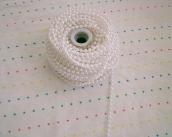 Small White Pearl Trim, 4 mm - 6 Yards