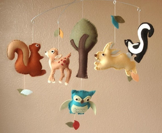 Woodland Creatures Felt Mobile - Deer, Squirrel, Rabbit, Skunk, Owl and Tree (Custom Colors)