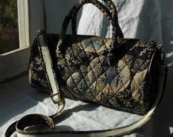 Japanese pattern quilted hand/ shoulder bag