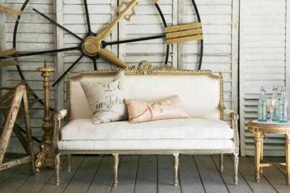 luxe Louis XVI settee